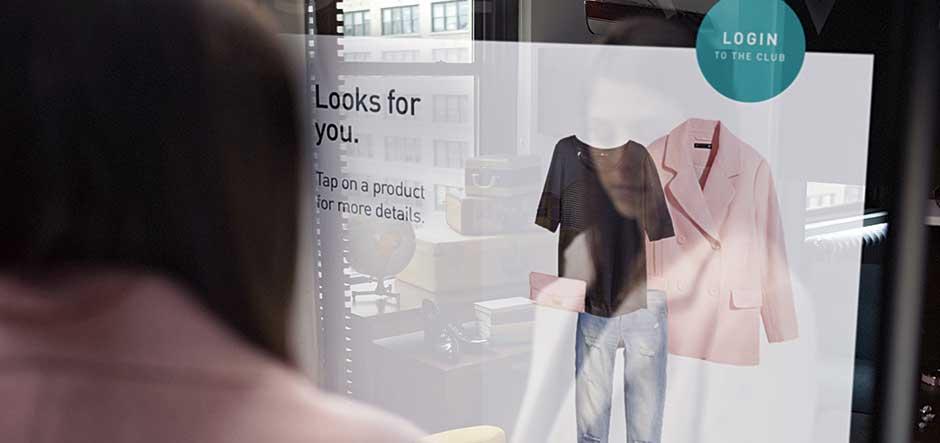Creating cloud-powered user experiences in retail
