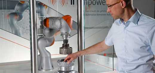 Hannover Messe: Microsoft and KUKA showcase smart, IoT robot