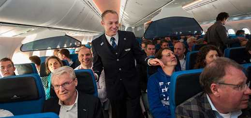KLM Royal Dutch Airlines uses Yammer to improve employee communication
