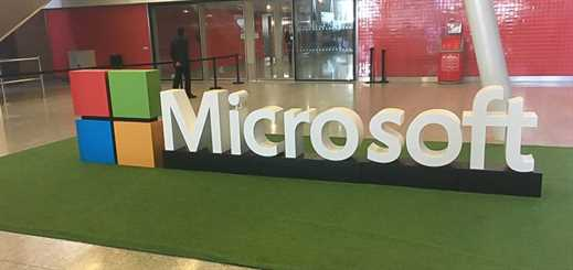 Microsoft extends services agreement with Accenture